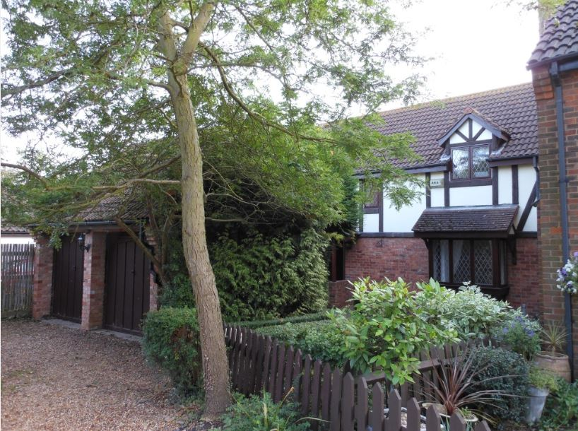 4 bedroom family home to rent near Kimbolton School- Newtown, Kimbolton, Cambs, PE28 0HY