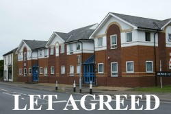 2 bedroom flat to rent St Neots - Royce Court, Eaton Ford, PE19 7AD