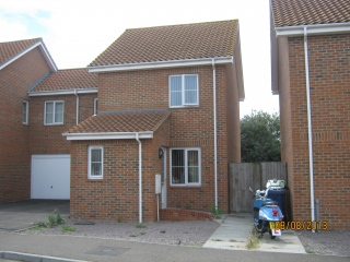 £675 PCMNr Ramsey3 bedroom house