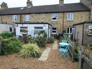 £635 PCMOld Godmanchester2 bed terraced house