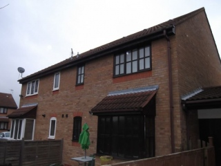 £550 PCMGodmanchester1 bedroom cluster house to rent with parking…