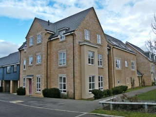 £725 PCMGodmanchester2 bedroom flat
