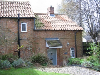 £650 PCMRiseley2 bedroom cottage